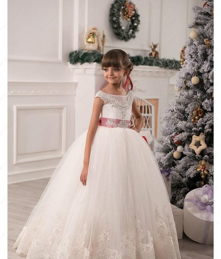Пошив детских платьев