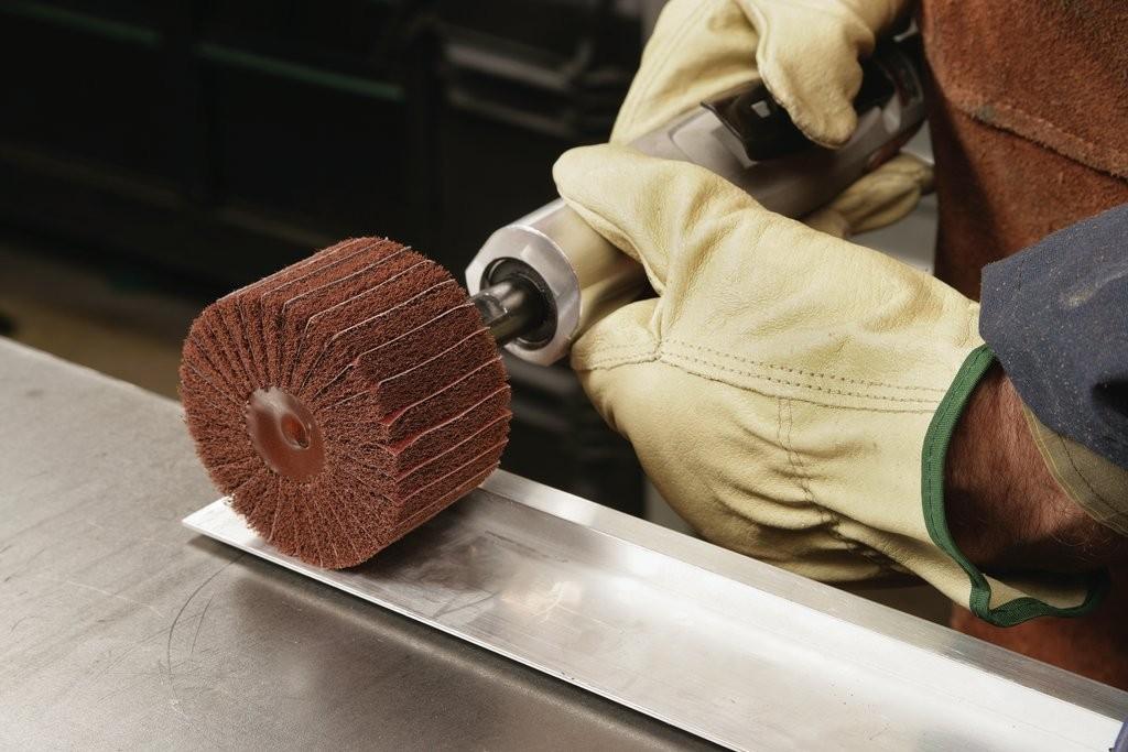 Работа в Польше шлифовка металлоконструкций