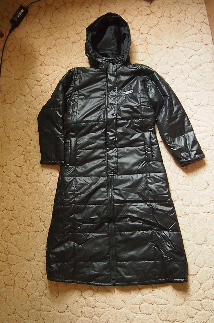 новая куртка-дождевик на синтепоне м-l