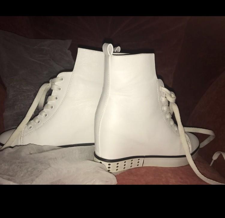 Белые кожаные кроссовки , размер 37