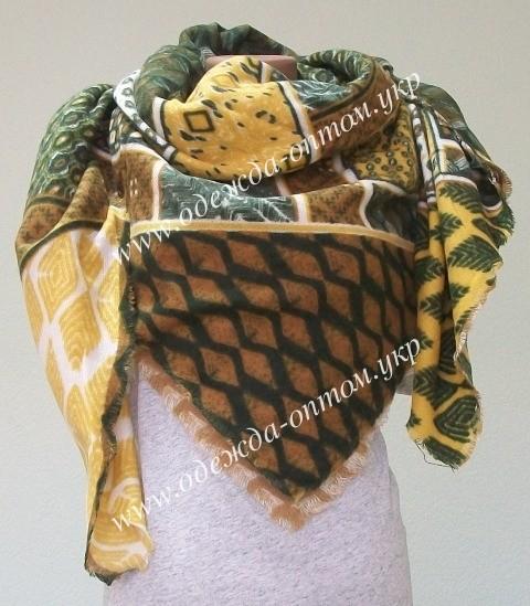 Одежда оптом. Палантины и шарфы оптом в ассортименте.