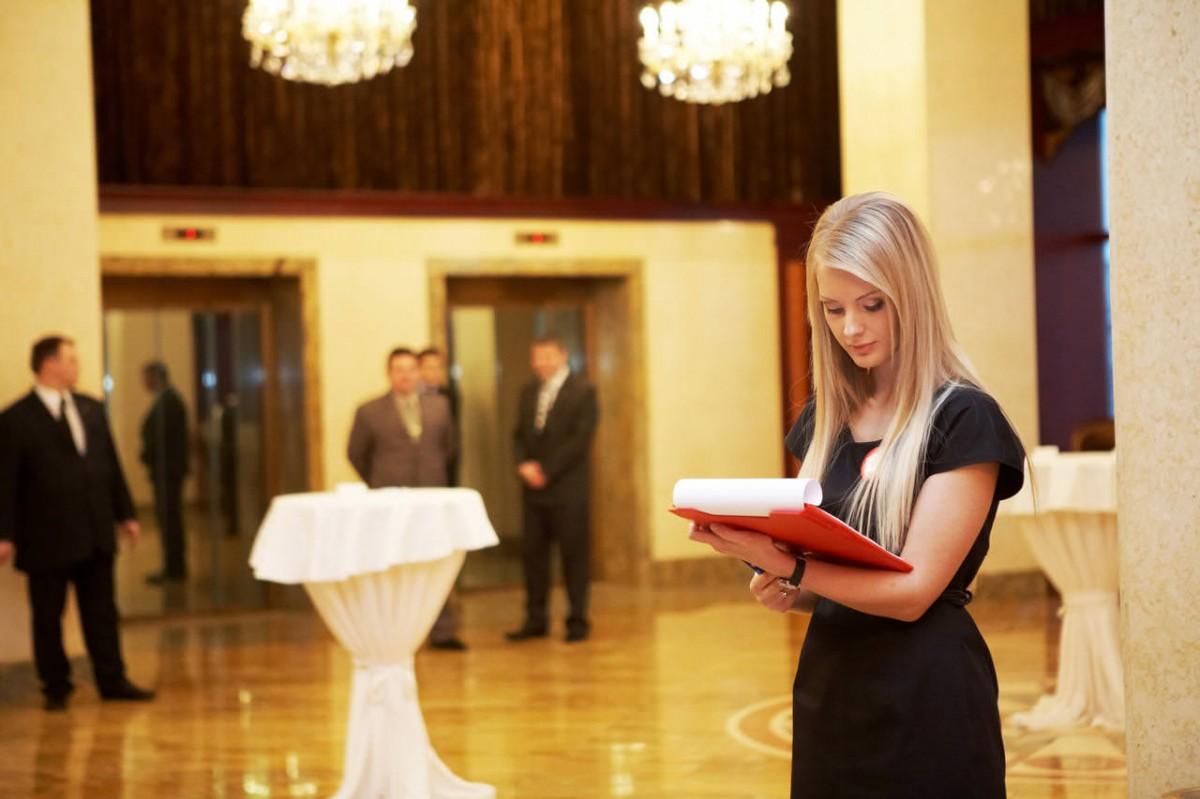 салоне, так вакансия хостес в ресторан москва самое время