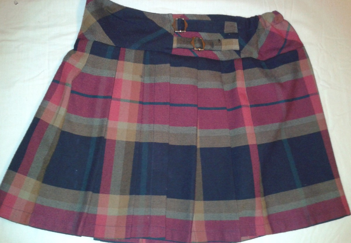 Marks&Spenser Юбка-шотландка с подкладкой для девочки 10-11 лет.