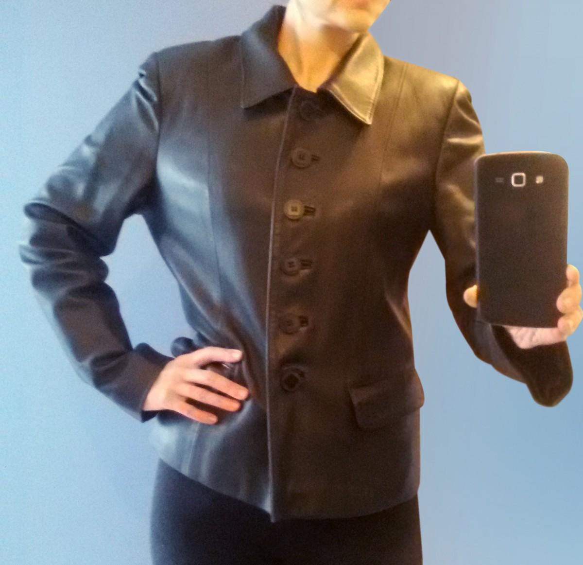 Кожаная куртка женская, размер М