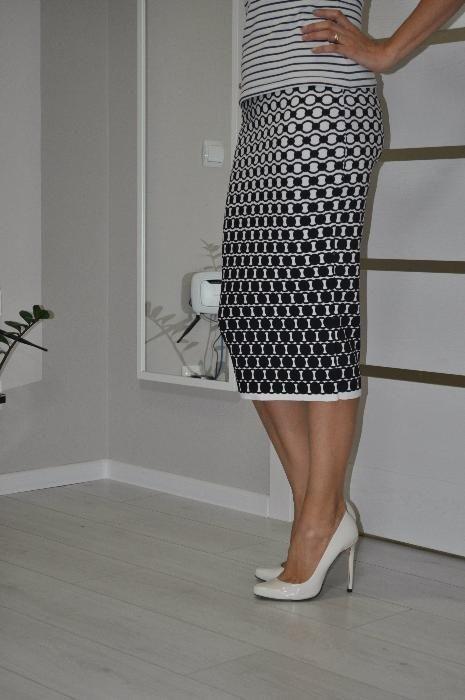 Стильные юбки - карандаш