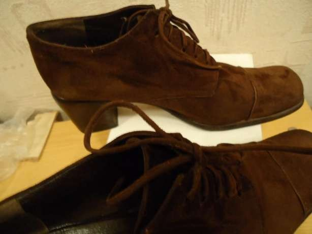 Туфли-ботильоны кожаные VIVIEN LEE р. 39 (40)