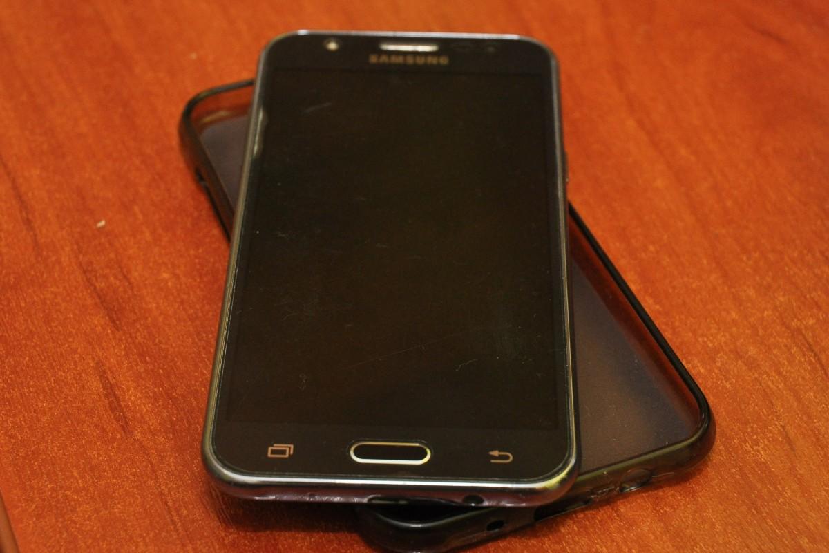 Продам Samsung J5 (2015)