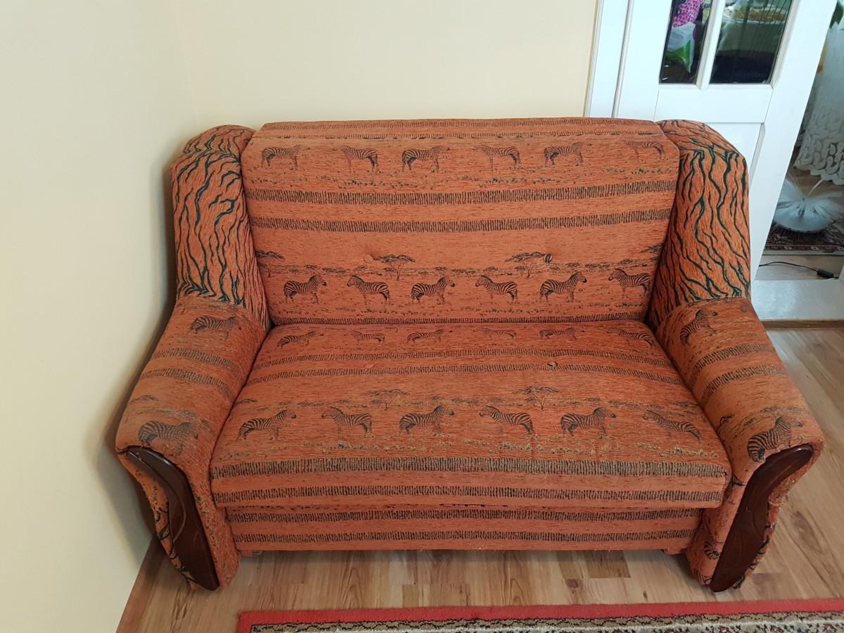 Продам малогабаритный  раскладной диван