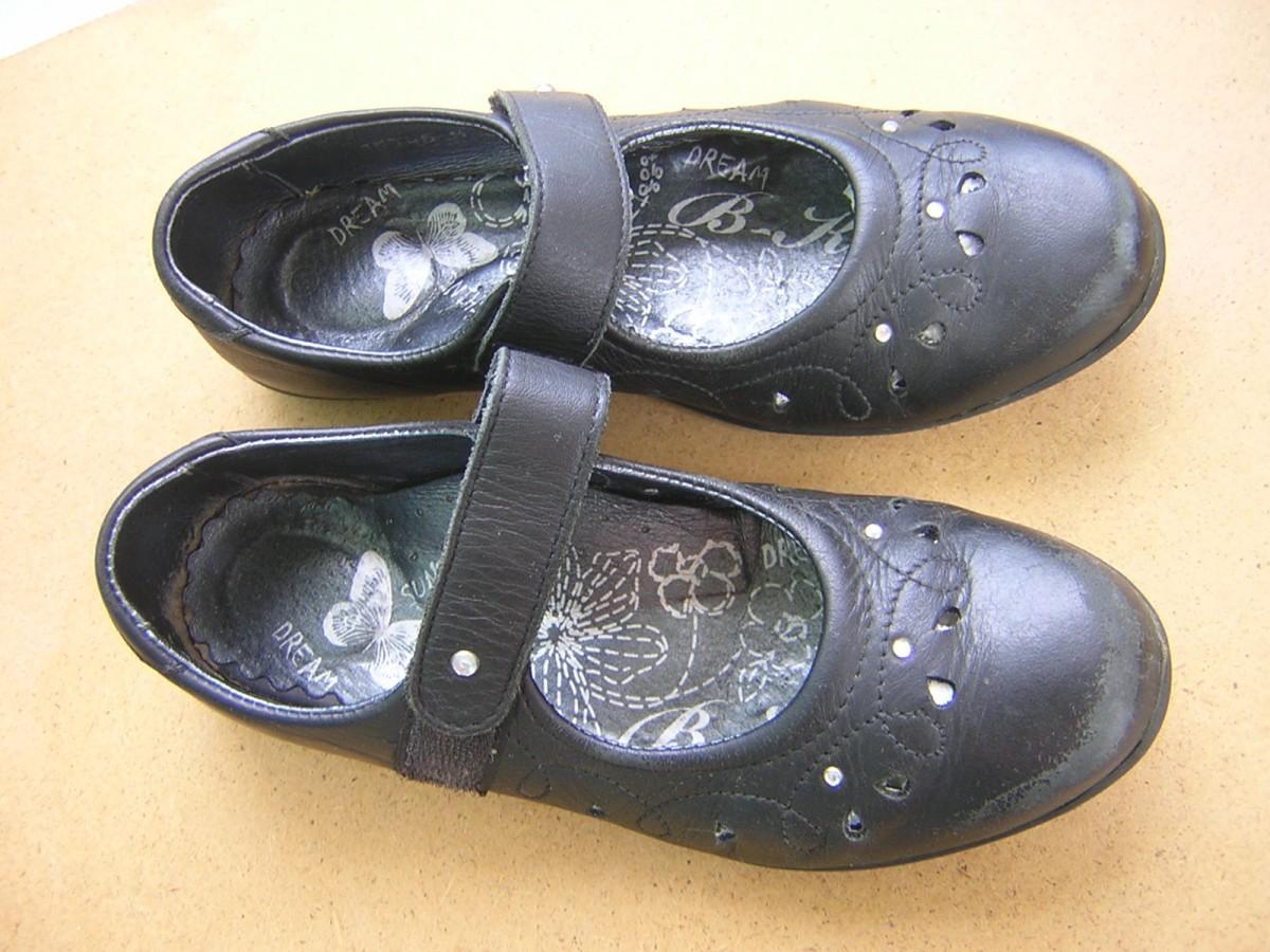 Туфли для девочки  «Bartek» (польша) кожаные, чёрные
