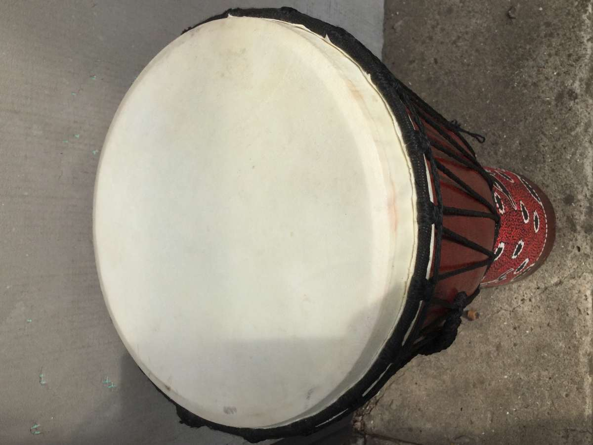 Продам новый барабан Джембе
