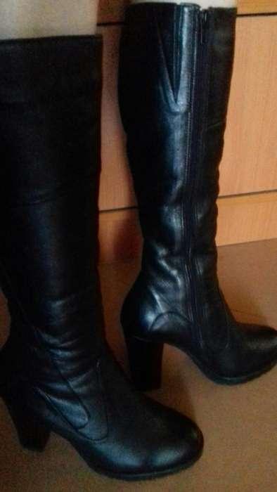 ... Мода и стиль Нетешин · Одежда  обувь Нетешин. Следующее. Зимові сапоги  на каблуках 33c2a6d227c11