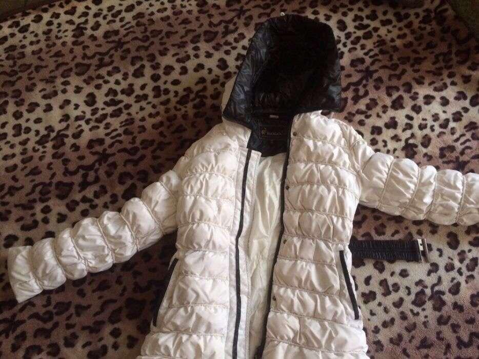 Женская куртка на пуху