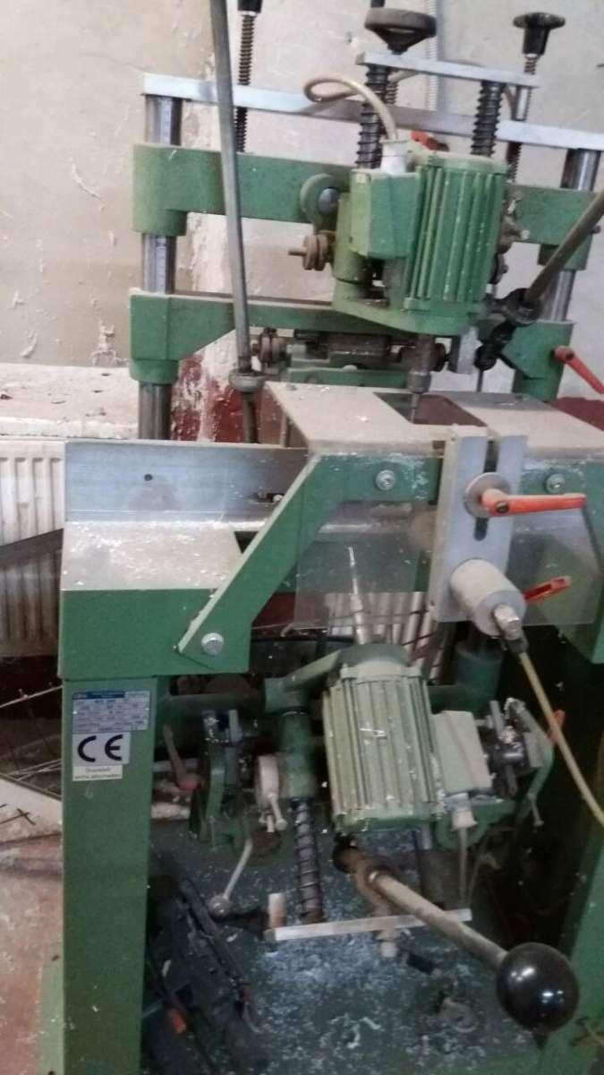 Продам станки для изготовления металлопластиковых окон и дверей