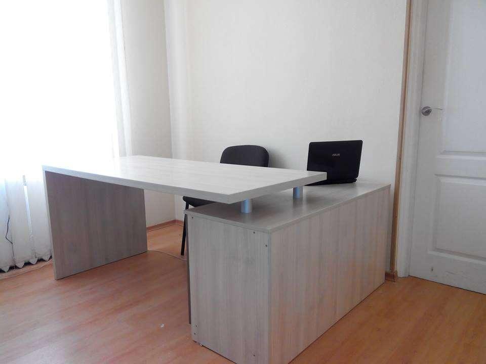 Столи офісні, комп'ютерні, кухонні на замовлення. ВІДМІННА ЯКІСТЬ