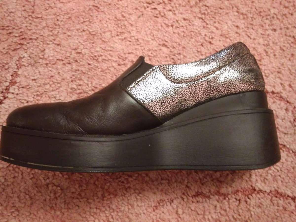 ... Мода і стиль Тисмениця · Одяг  взуття Тисмениця. Наступне. Продам  черевички шкіряні b4388be7f6be9