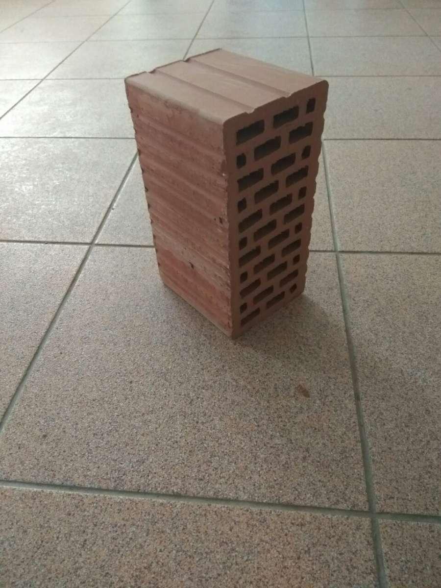 Блок керамический 2НФ г.Львов марка М-175