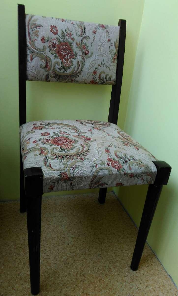 Срочно продам деревянные стулья Румыния