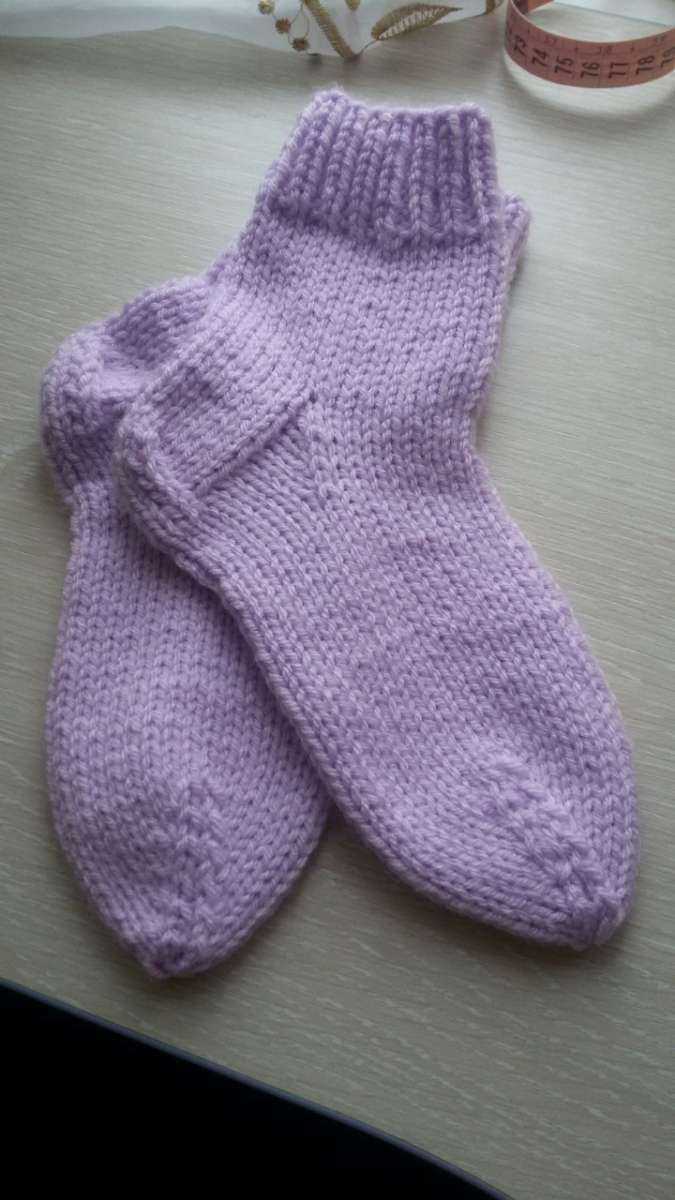 Теплые вязаные носочки для детей и взрослых