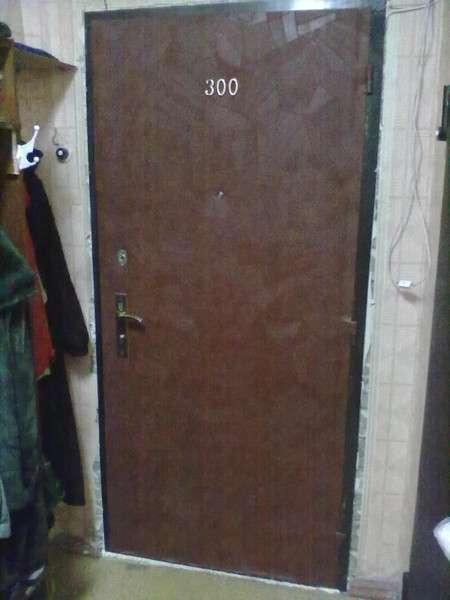 Обшивка дверей кожзамом