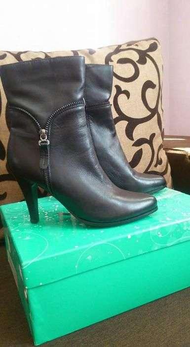 Осенние кожаные ботинки Nina