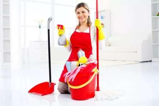 СРОЧНО требуется уборщица в офис