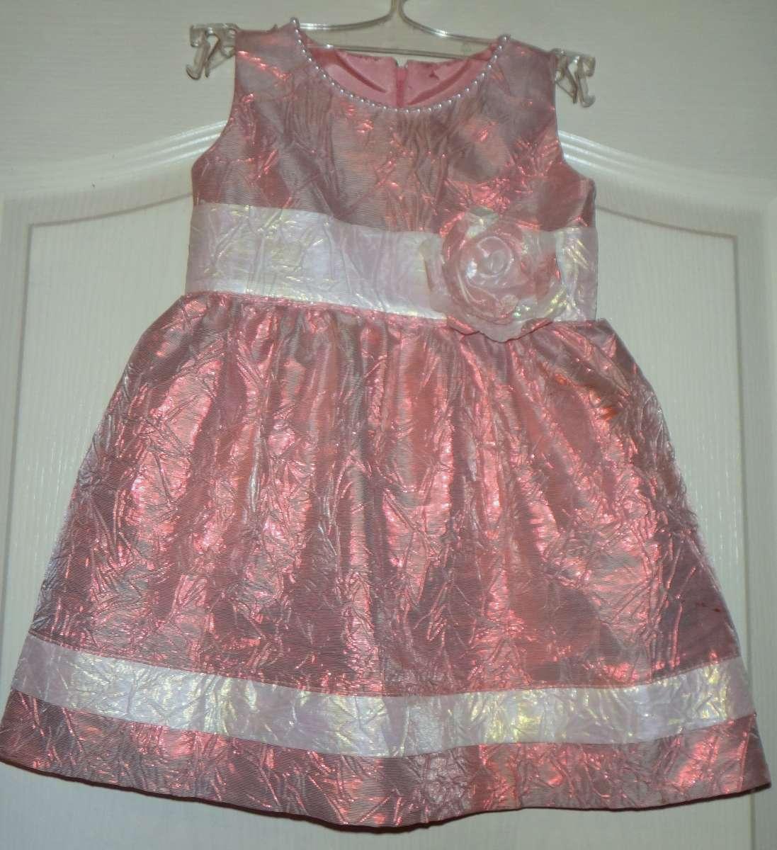 Платьице для принцессы. Нарядное платьице. Праздничное платье