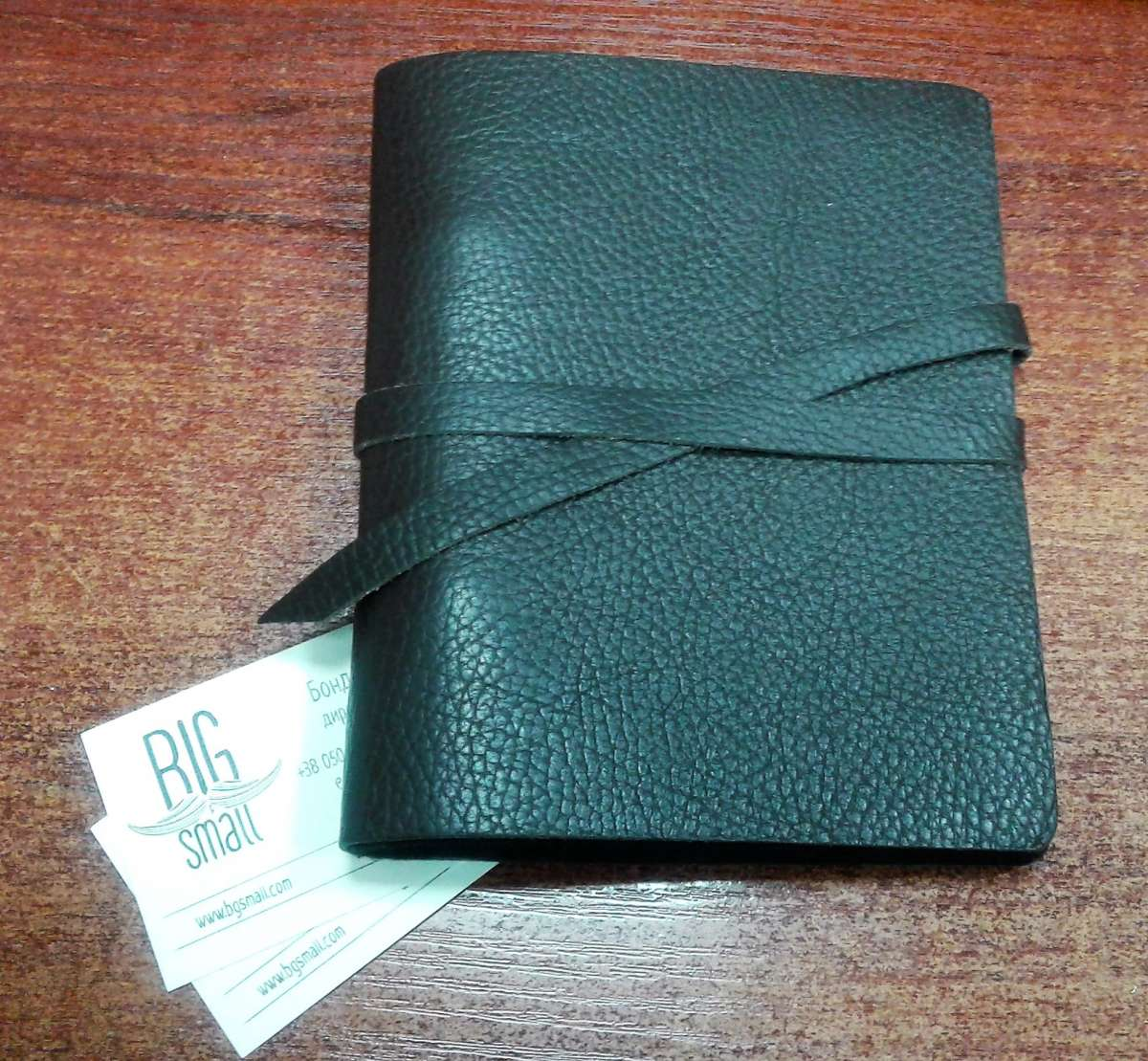 Деловые подарки: деловые папки, ежедневники, календари, блокноты