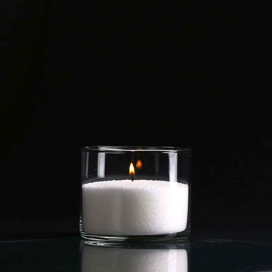 Насыпные свечи, гранулированный воск, стеклянные колбы.