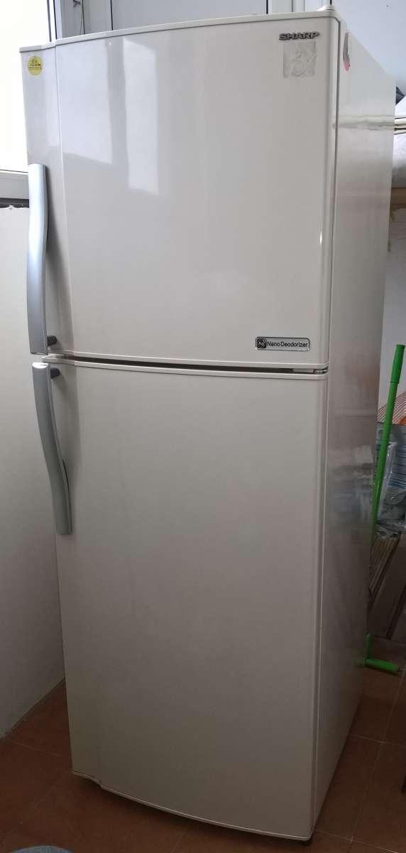 Холодильник Sharp sj-300sbe