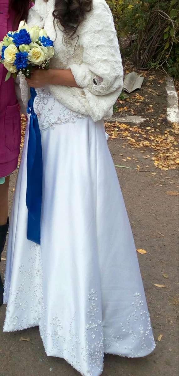 Шикарное свадебное платье 44-46р.