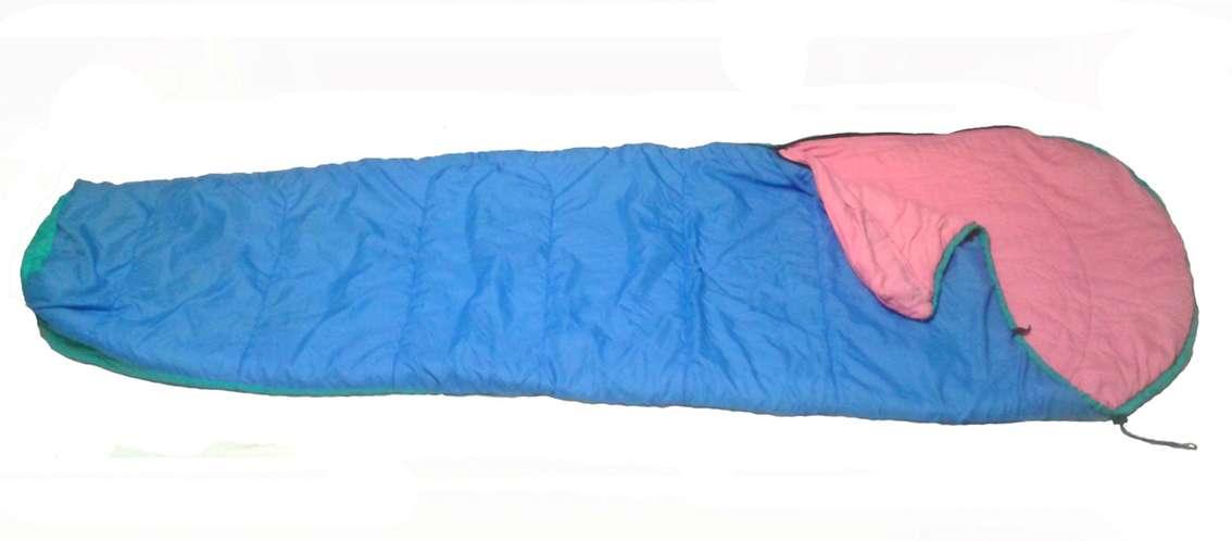 Спальный мешок на рост до 180 см.
