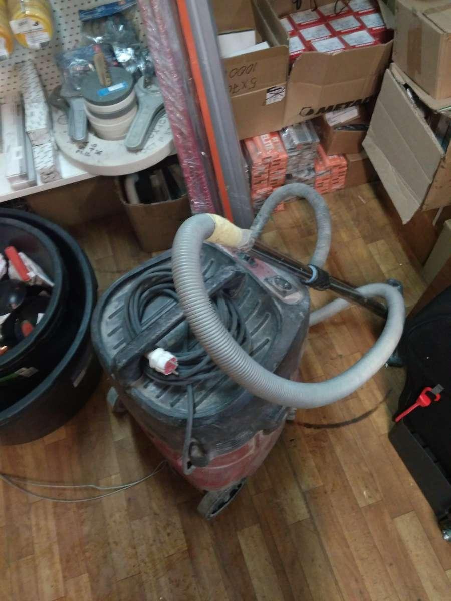 Прокат профессионального строительного пылесоса Hilti VC40