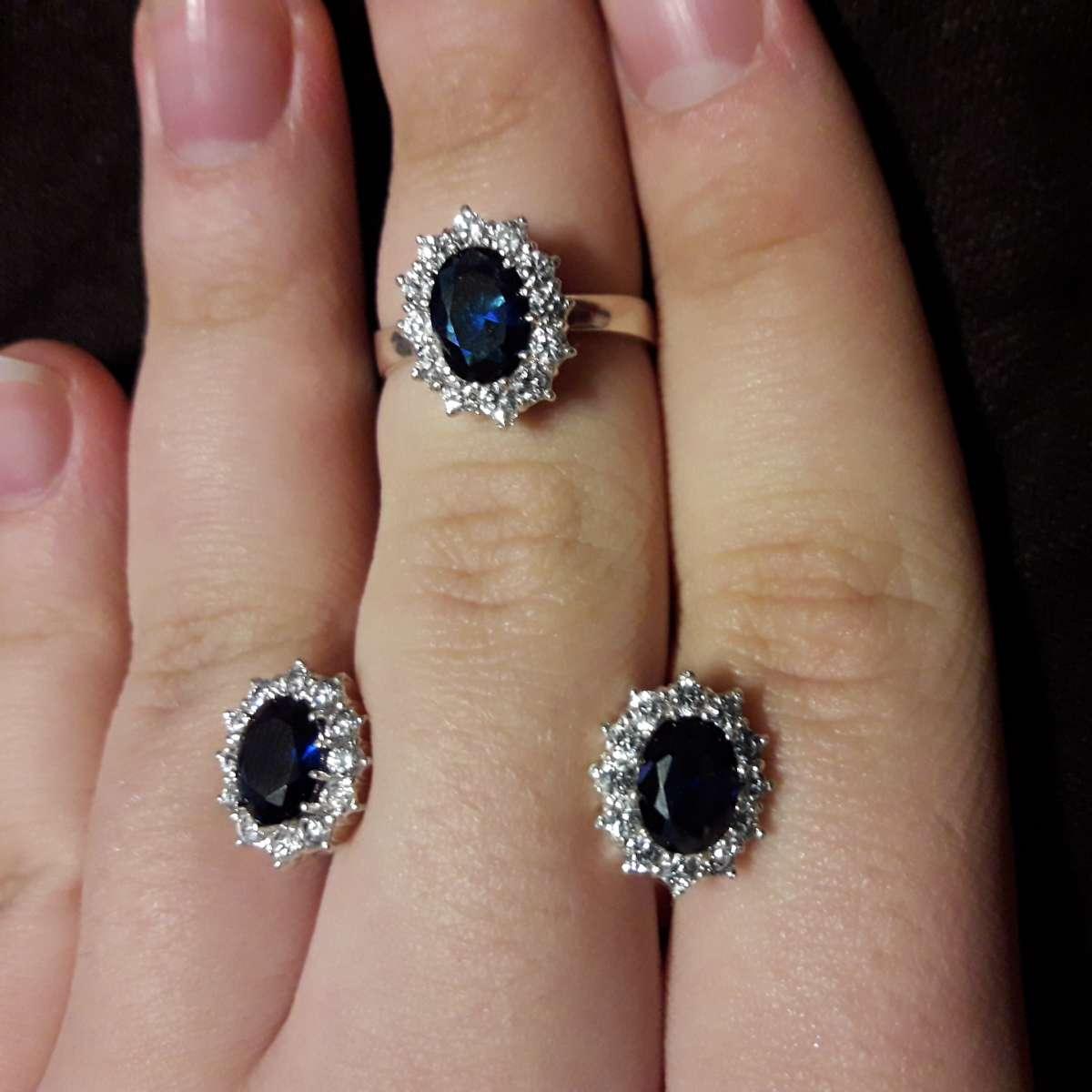 Распродажа серебряных комплектов кольцо+серьги