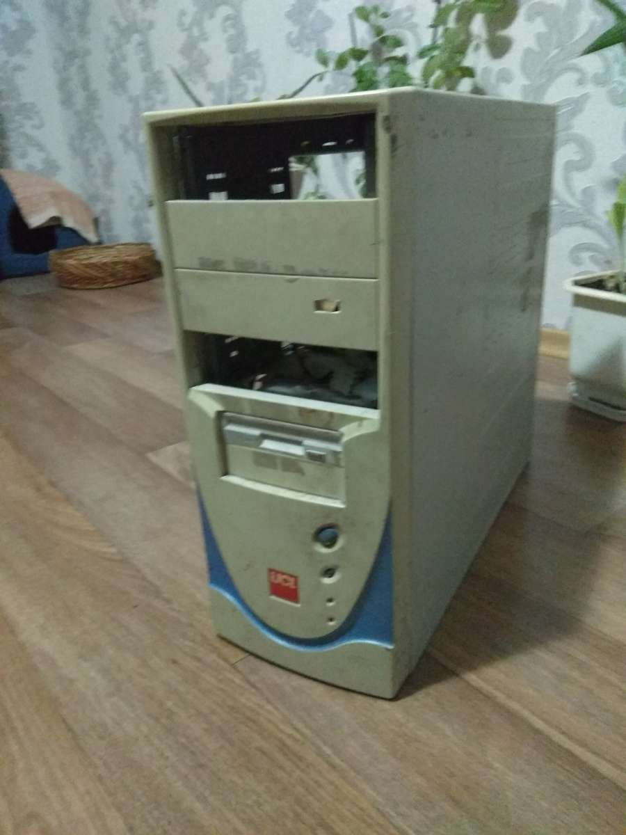 Компьютер для работы и учебы (без монитора)