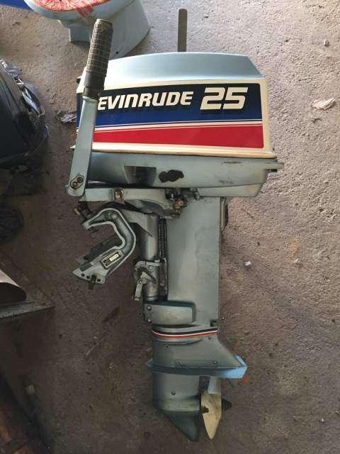 Лодочный мотор 25 л.с. Evinrude / Johnson