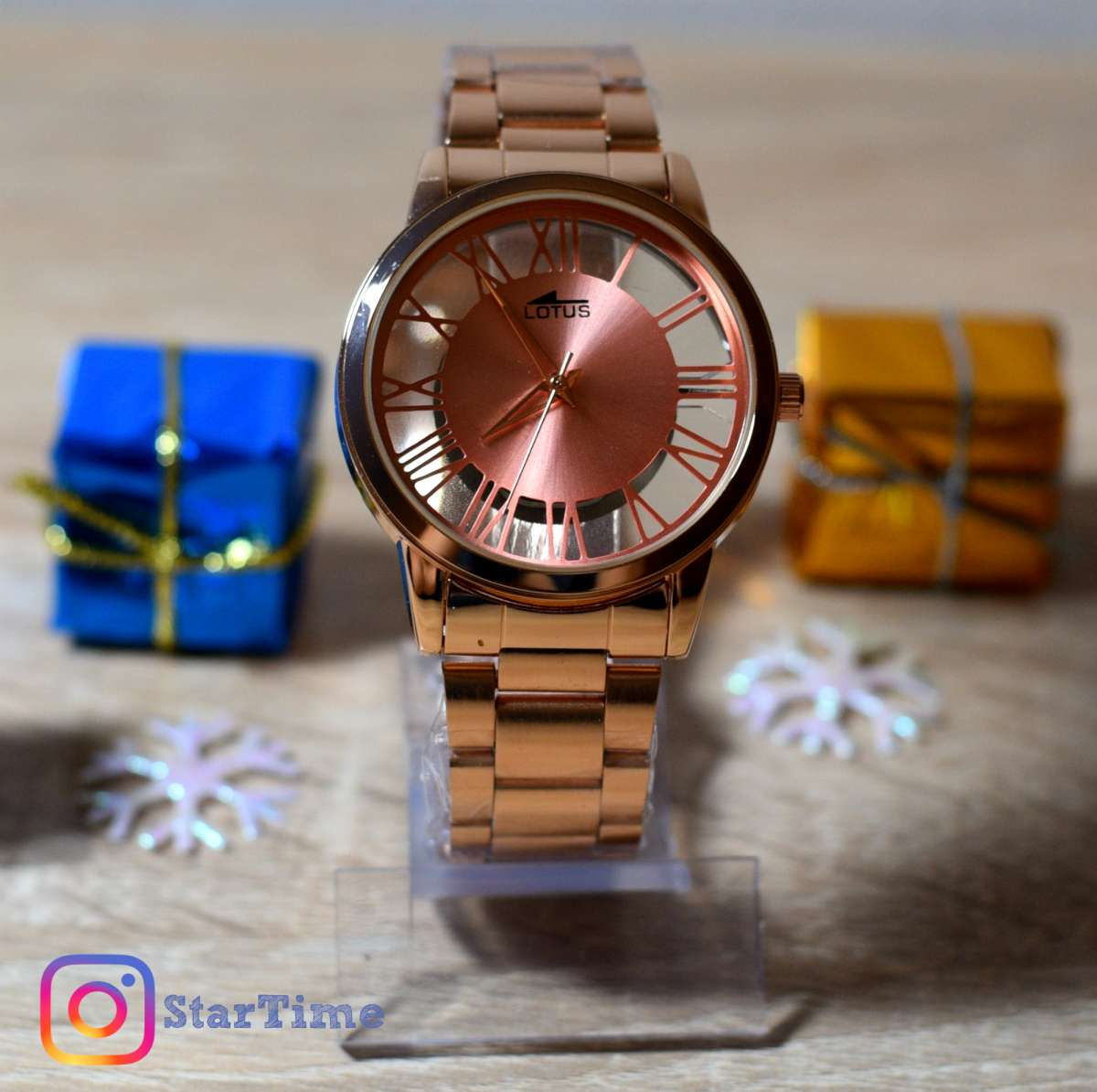 Наручные часы  Lotus