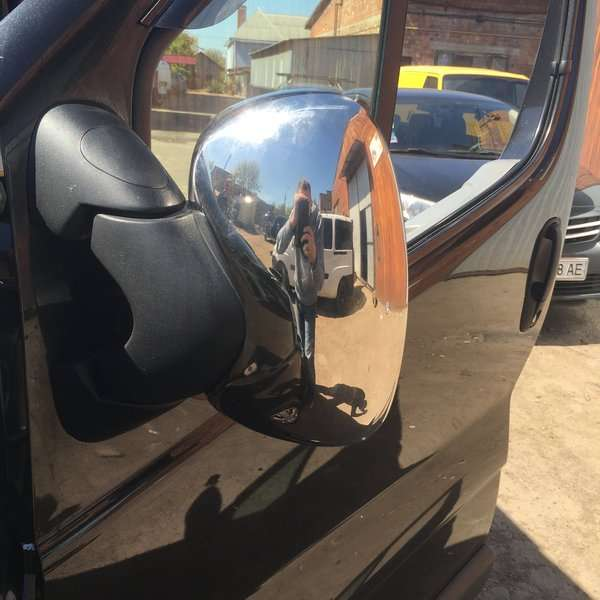 Хром на зеркала Renault Trafic 01+
