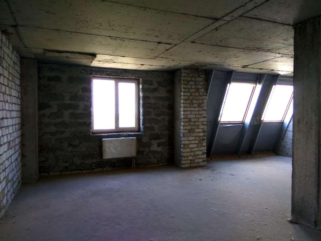 3-х комнатная ,2-х ярусная квартира возле Днепра.