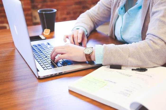 Набор сотрудниц для развития сети интернет-магазинов