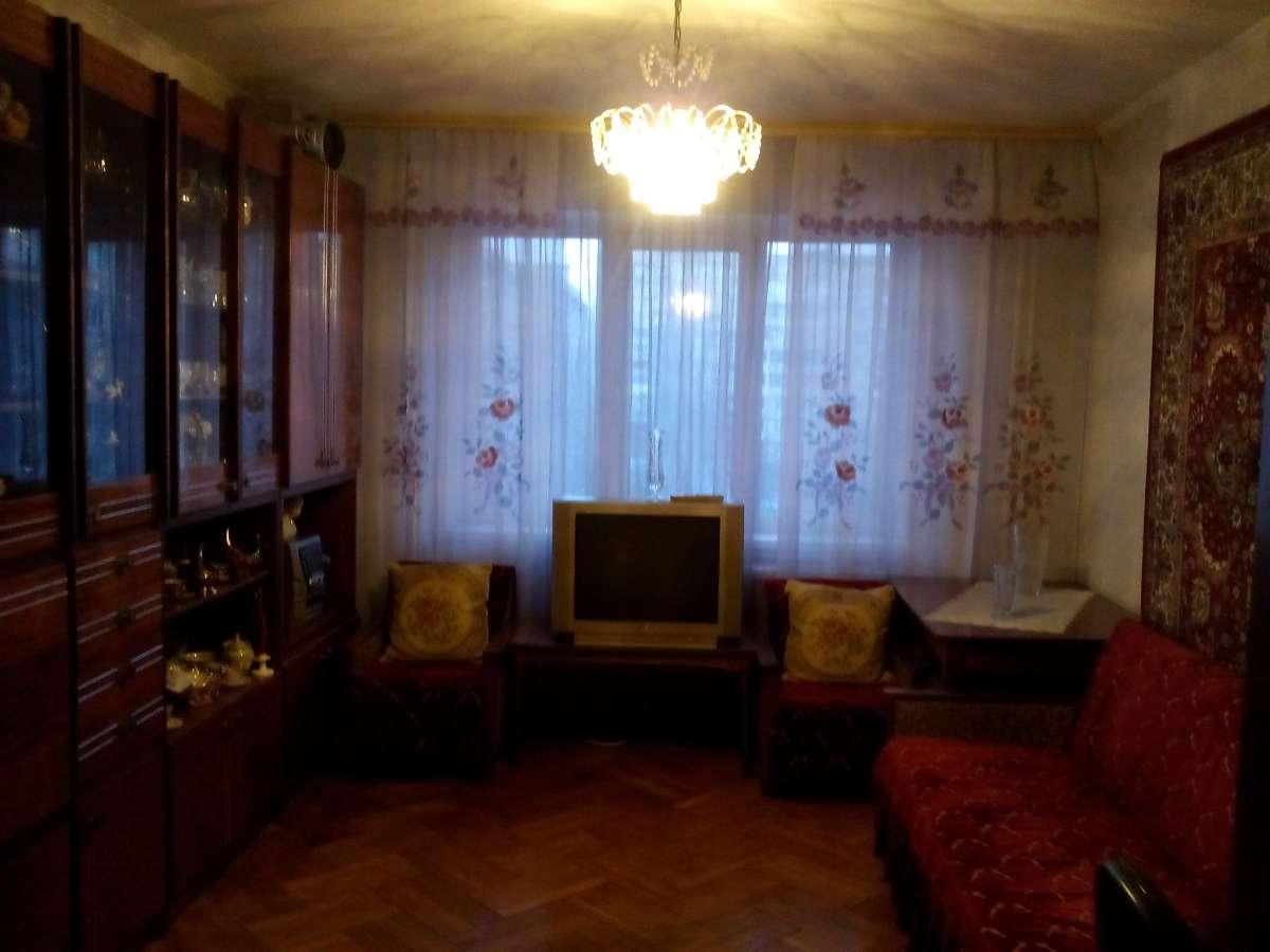 Комната для девушки на Кардачах ул.Ушинского
