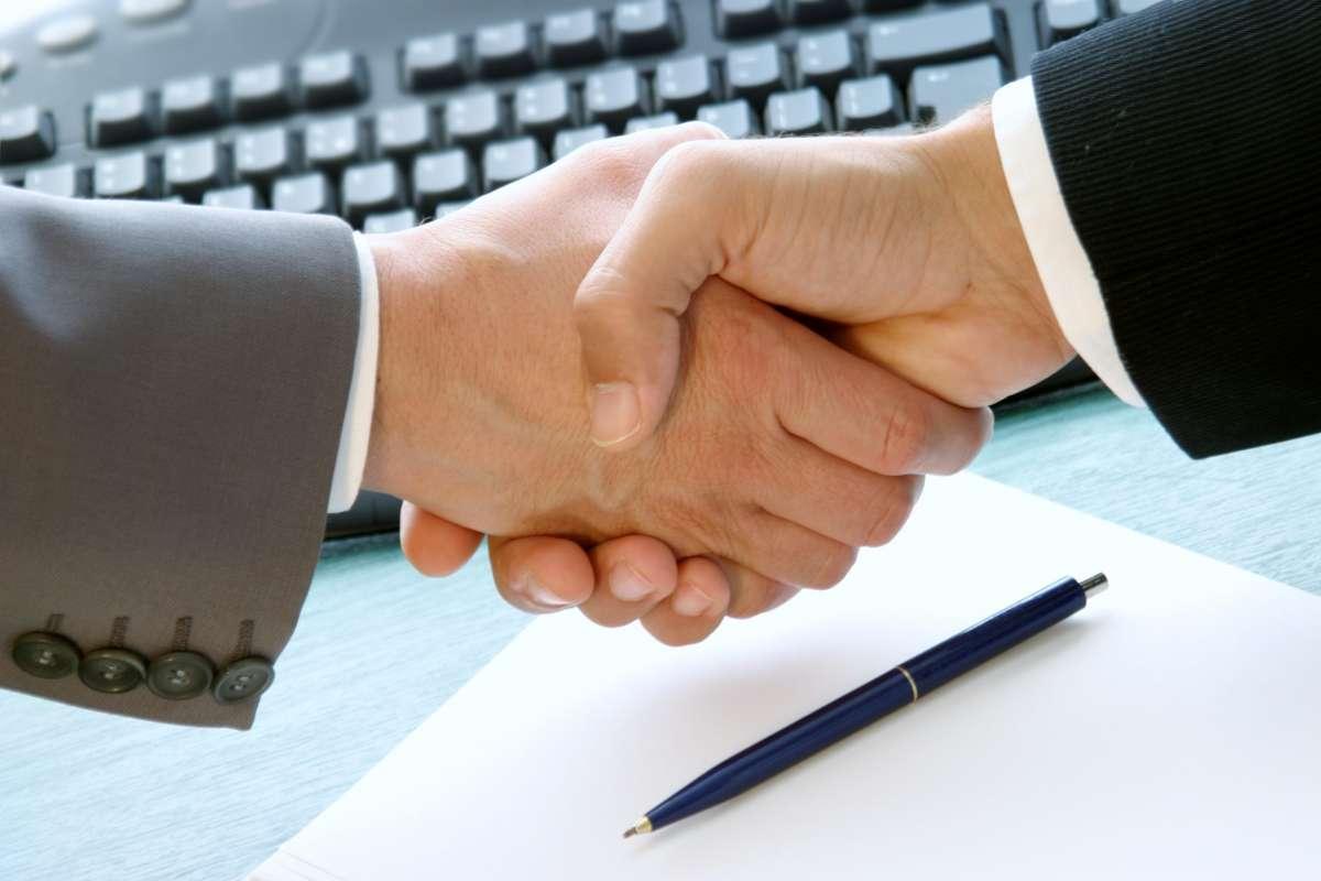 Адвокат / житлові, сімейні, спадкові та трудові справи (спори)/