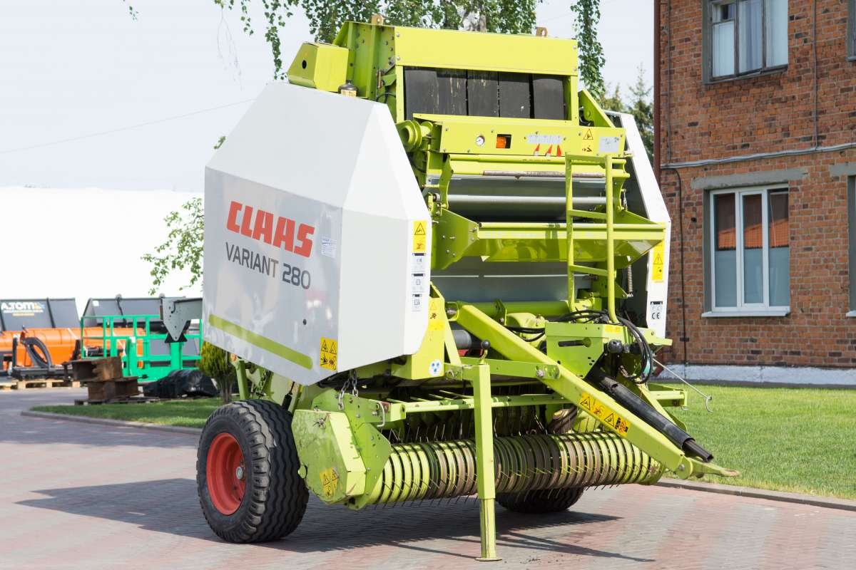 Пресс-подборщик рулонный Claas Variant 280