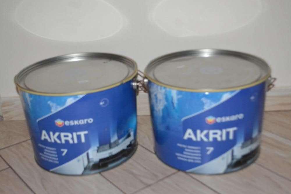 Продам краску ESKARO AKRIT 7, в ведрах по 9,5 л.