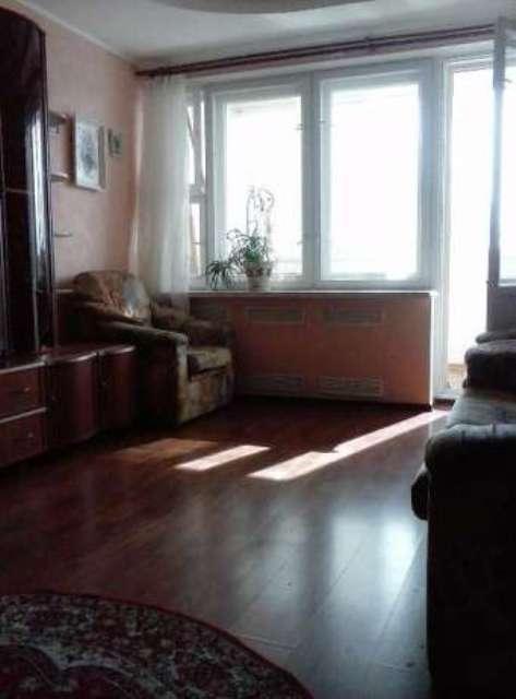 Сдам в аренду 2-х комнатную квартиру по ул. Суворова 11