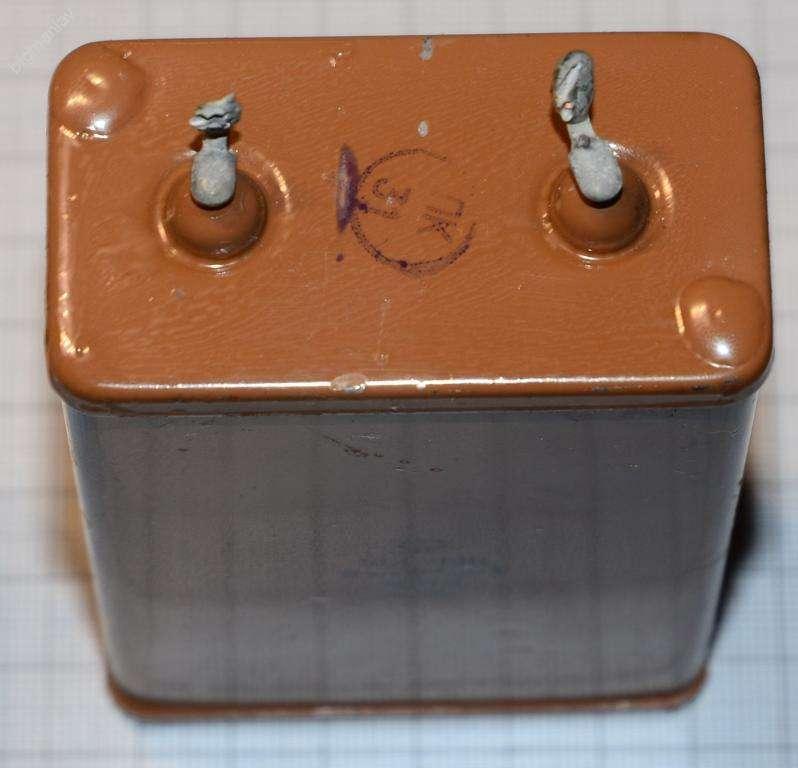 Конденсатор КБГ - МН, 4 мкф. 600 в.