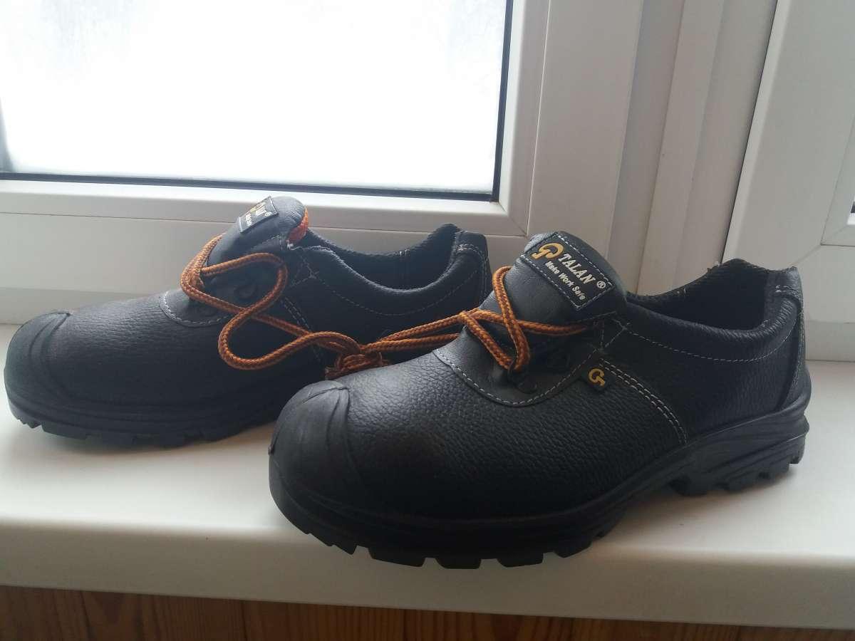 Ботинки рабочие, мужские. Металлический носок.