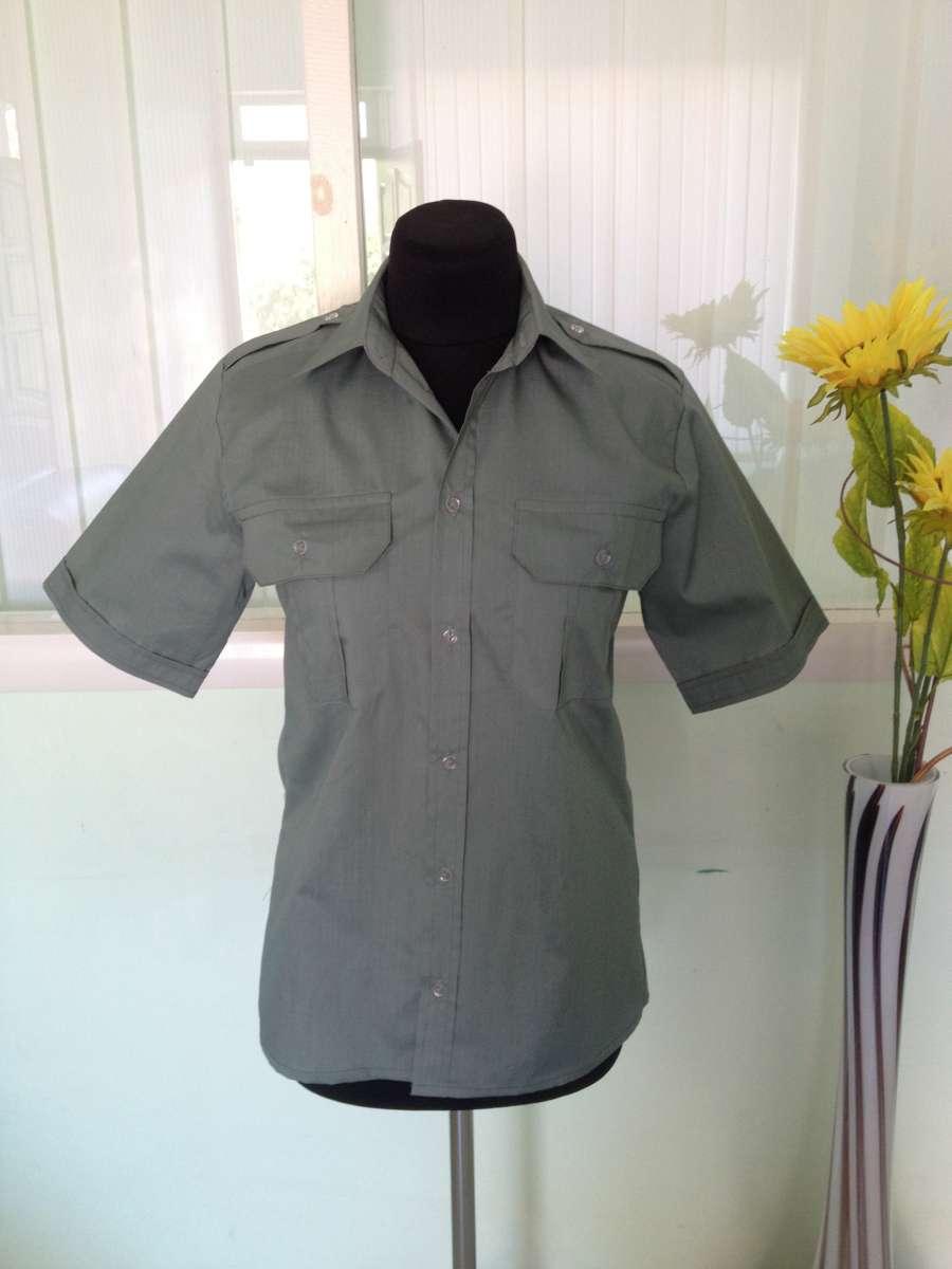 Форменная серая рубашка с коротким рукавом