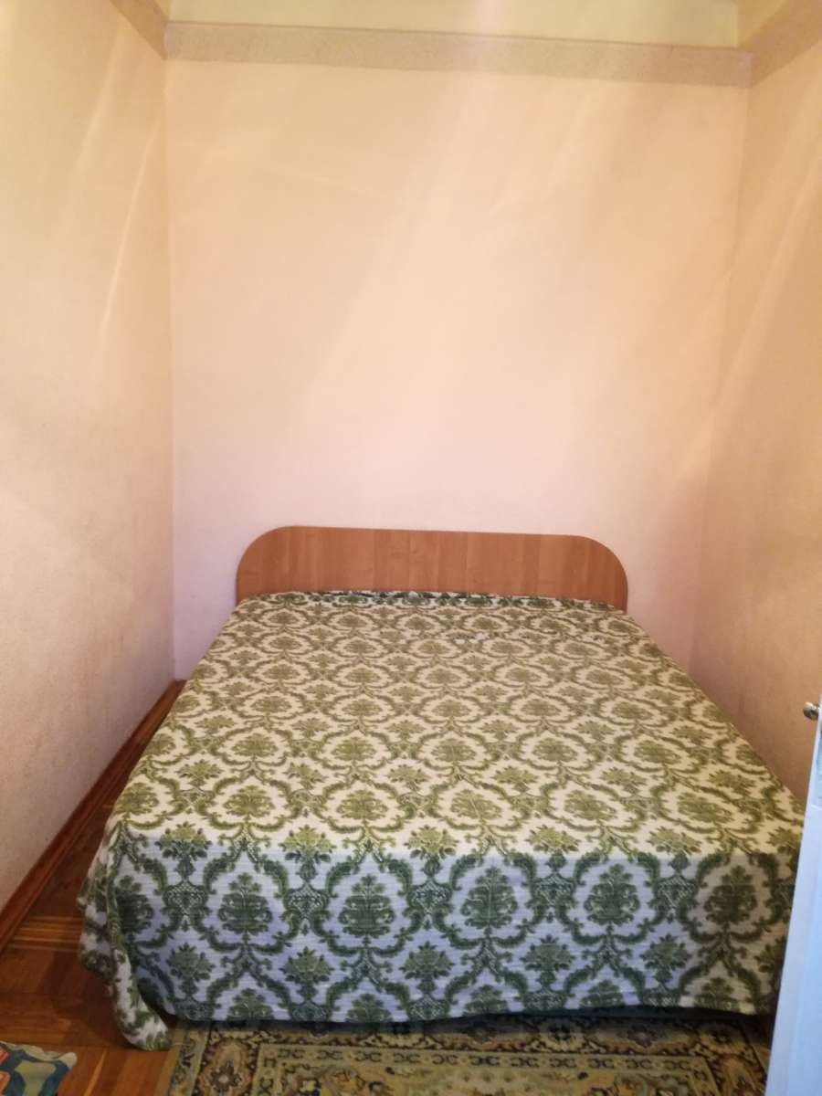 Сдам посуточно двухкомнатную квартиру на Шулявской