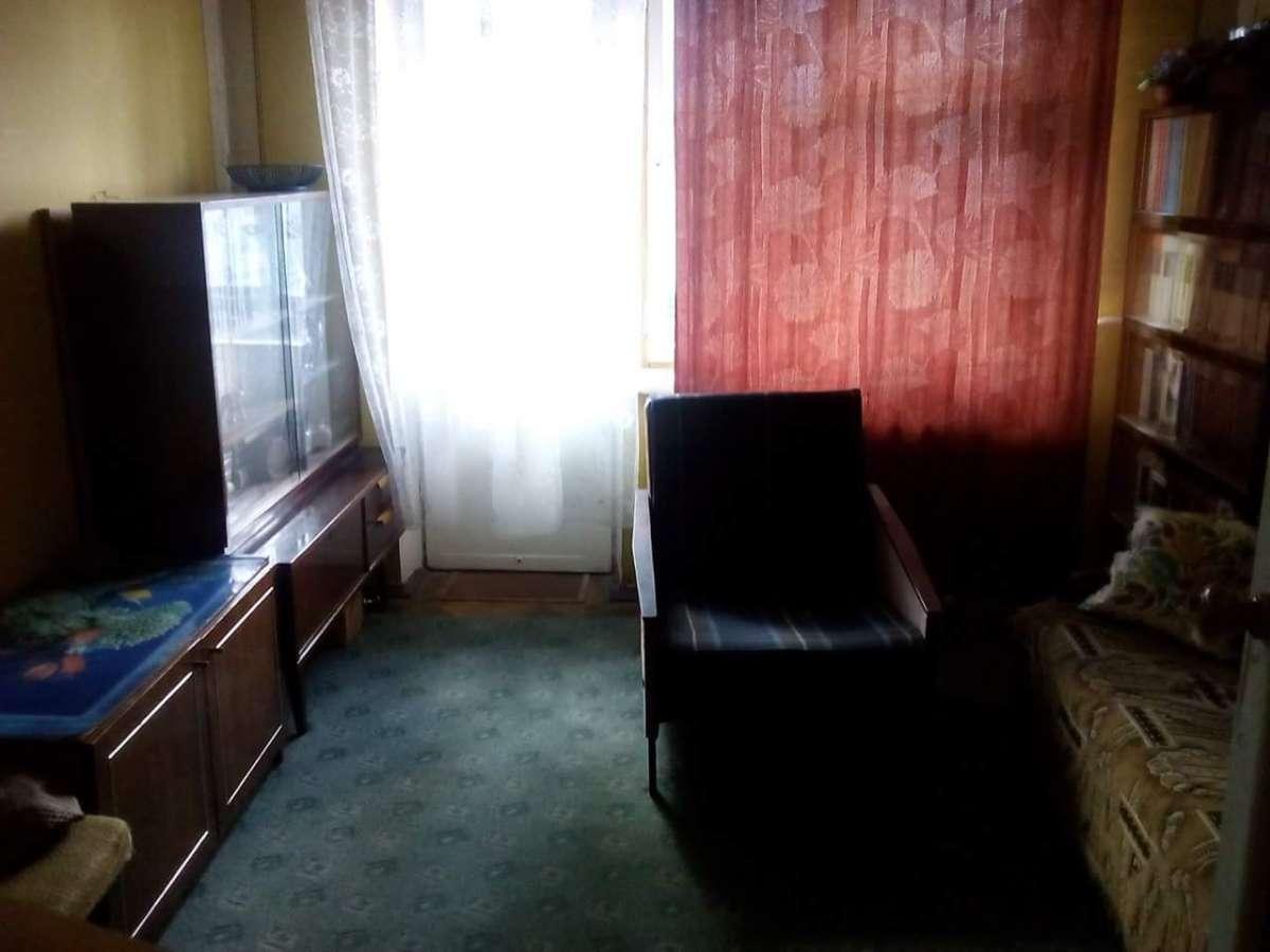Комната на Нивках для парня.