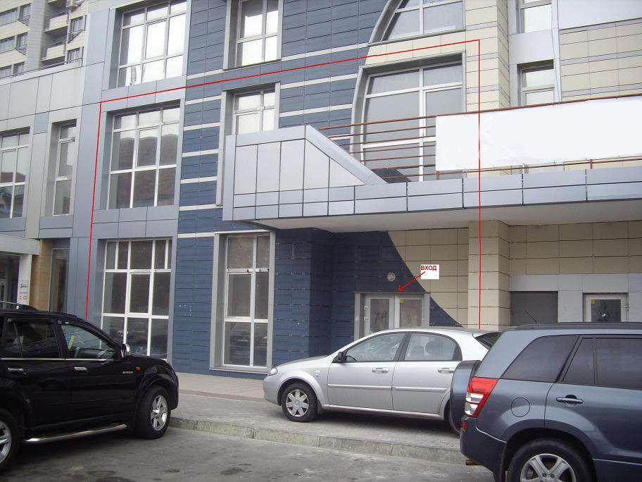 Гетьмана,1, Шулявка, 294 кв.м. 2эт. Фасад, отд.вход, От собств. Без %